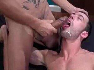 Mund spritzen in sperma Enkel fickt