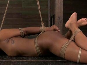 Baphometh Hure Lydia Black DOPPELT ANALisiert in GANG BANG
