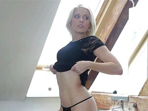 Heiße tschechische Blondine öffentlich