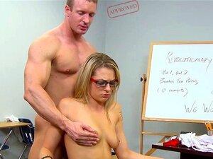 Freche Lehrerin wird gefickt
