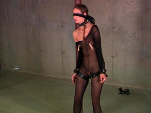 Sklave kreuz am bdsm nackt Gefesselt