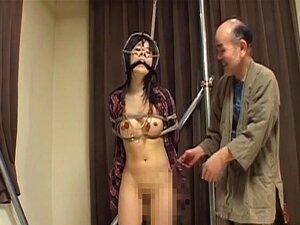 Geknebelt und seilgebunden Reika Ichinose bekommt ihre Fotze gespielt