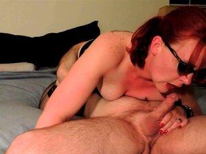 Saugen Cumming Dick während Cum In