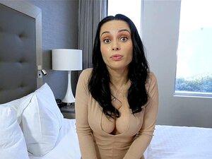 Heiße russische Frau Kristall Rush lässt Stiefsohn ihre Muschi benutzen