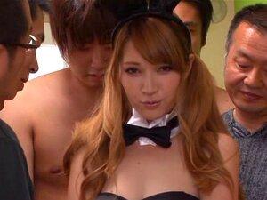 Groß Gangbang Asiatisch Titten Gross Titte