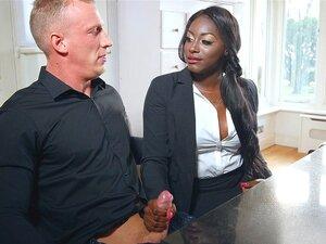 Interracial Blowjob Schwarzes Mädchen