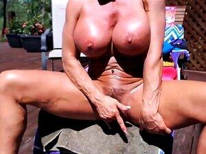Frauen porno muskulöse Muskulöse Frau