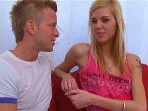 Blonde Große Skinny Titten Mama Skinny Wife