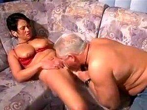 Muschi Orgasmus Reife Essen Reife Behaarte