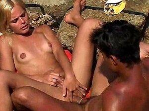Gefickt Strand Blond Schwarz Die BLOND