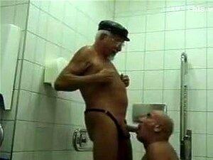 Toilette Solo Teen Öffentliche Accidental Intercourse