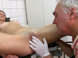Doktor lecken Patient Muschi