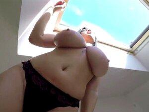 Große natürliche Titten Milf Titfuck