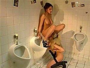 Asiatisch Fick Öffentlich Toilette