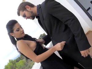 Spanische Süsse Cristina Miller & Apolonia Lapiedra teilen sich einen fetten Schwanz