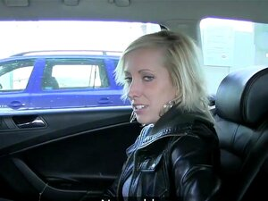 Taxi Blondine Fake Atemberaubende Atemberaubende blondine