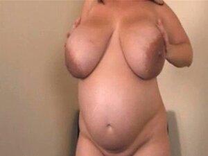 Große milchige schwangere Titten