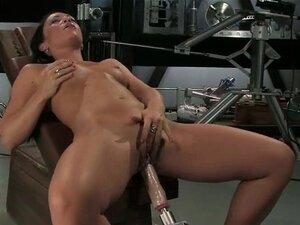 Riesige Sexmaschine spritzen