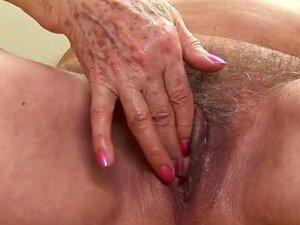 Nackt nasse muschi Beste Muschis