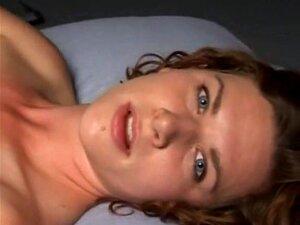 Apolonia Lapiedra kommt dank geschickter Liebhaberin immer wieder zum Orgasmus