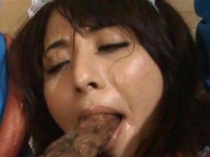 Extrem schöne Satomi Suzuki gibt einen Blowjob und einen Tittenfick