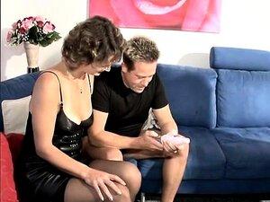 Die fabelhafte Kimberly Kane sitzt auf dem Gesicht eines Typen und lässt sich ihr Arschloch lecken