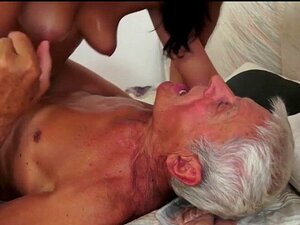 Nackt alte opa 60 Granny