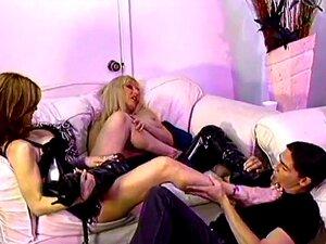 Lorelei, Rilynn Rae und Casey lecken die Füße und machen die Füße im Kaviarbecken