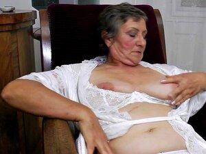 Oma nackt alte sehr Beste Dicke
