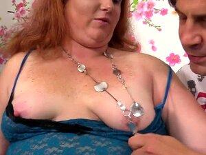 Angel Smalls nimmt fetten Ständer in ihr jungfräuliches Arschloch