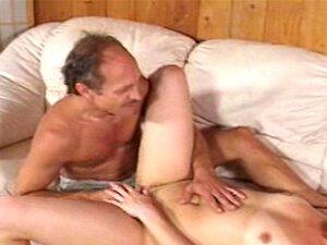 Mann Lecken Feucht Muschi Orgasmus