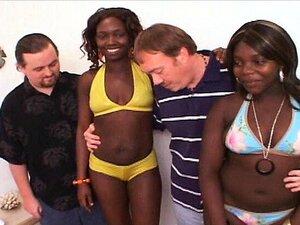 Grober interracial Gangbang mit Ebenholz Skyler Nicole endet mit massivem Bukkake