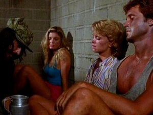 nackt Scoggins Tracy Traci Lords